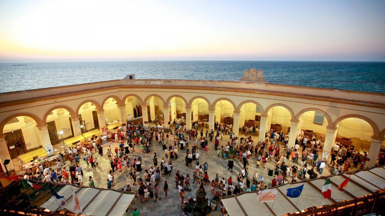 Vai a Stragusto 2019, il festival del cibo da strada siciliano