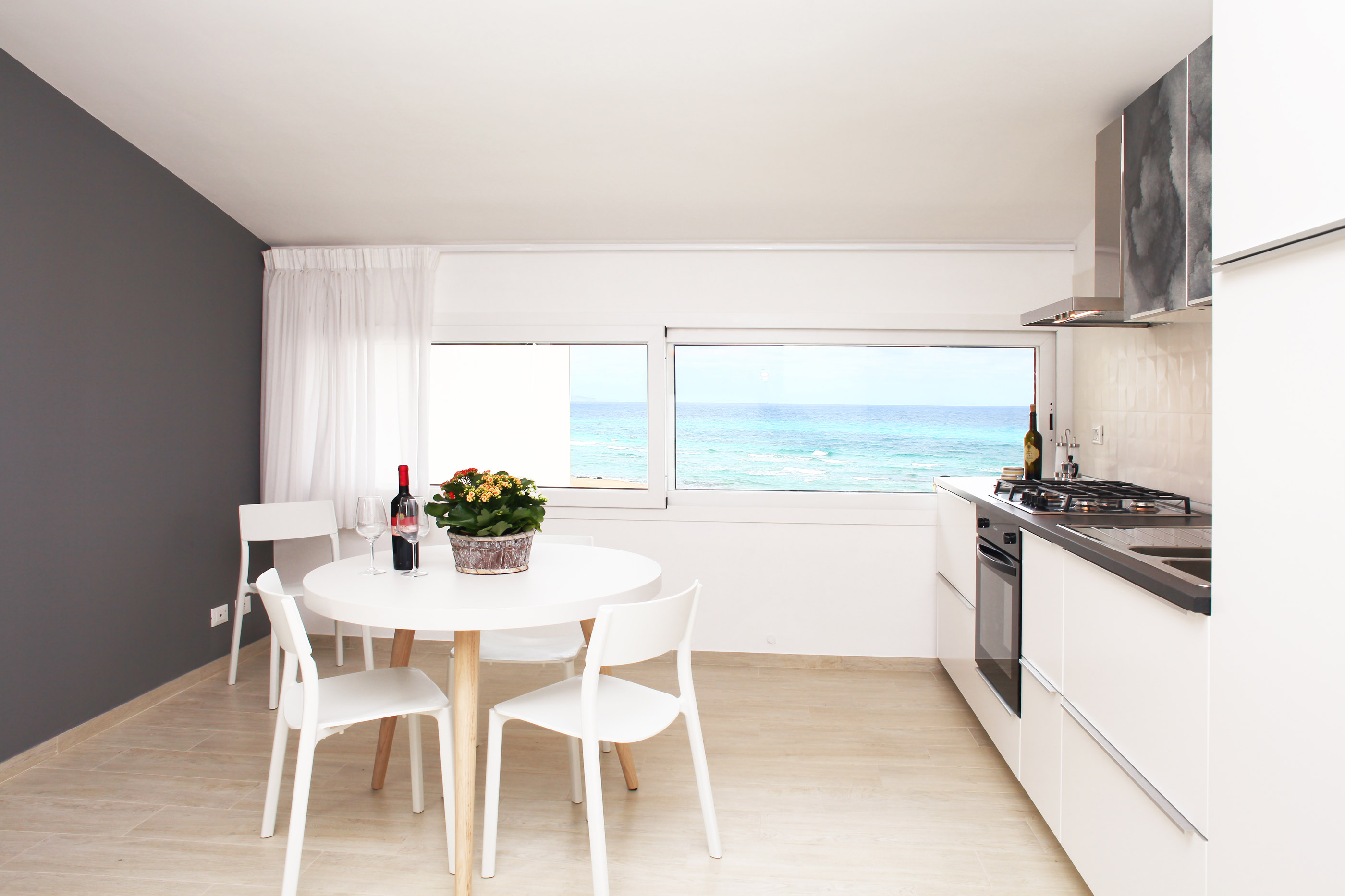 OrizzonteMare, beach side suite